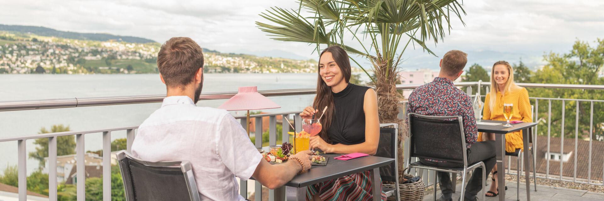 Restaurant mit Seesicht